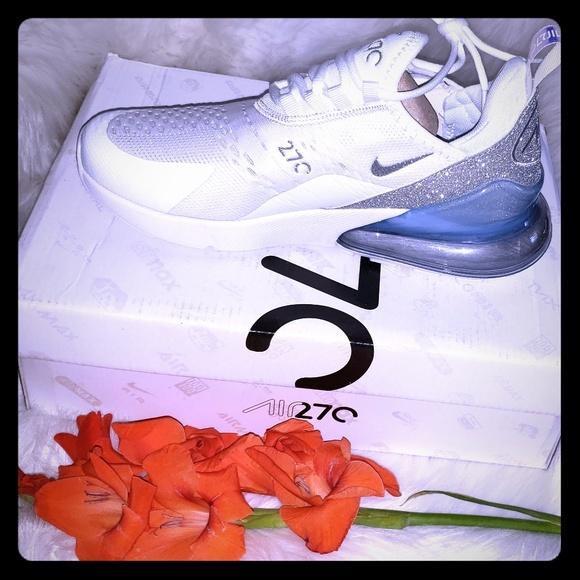 Nike Shoes - Womans nike airmaxx 270s
